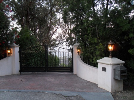 No entry to the gated $9.7 million property at 13319 Mulholland Drive